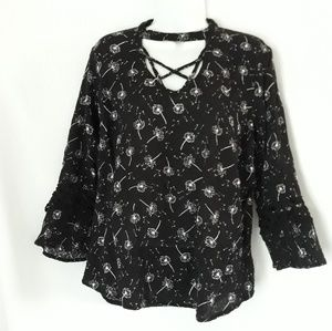 Maurices dandelion shirt